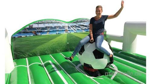 Fußball Rodeo mieten / Rodeofußball Verleih / Simulator Fußball Riding