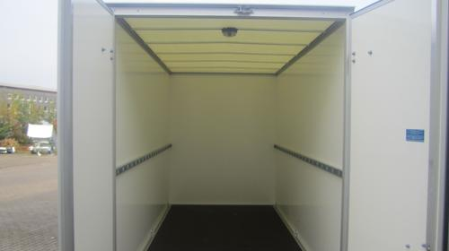 Kofferanhänger 3,05x1,57x1,94 m hoch. 2000 KG PKW Anhänger/Anhängerverleih/Anhängervermietung