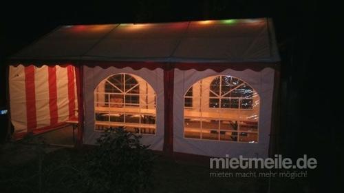 Sonderangebot Party Zelt  4m x 6m mit 4 Bierzeltgarnituren und 2 Stehtischen