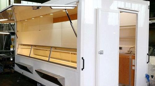 Kühltheken-Verkaufsanhänger (Preise zuzüglich MwSt.)