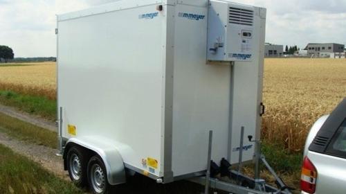 Kühlanhänger 2700 kg 2938 x 1546 x 2000 mm bis plus 2°C /  100 km/h