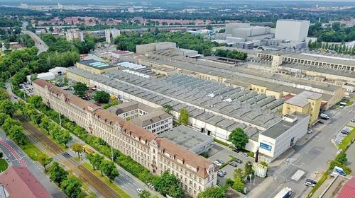 Große Hallenfläche mit hoher Decke im Sirius Business Park Nürnberg