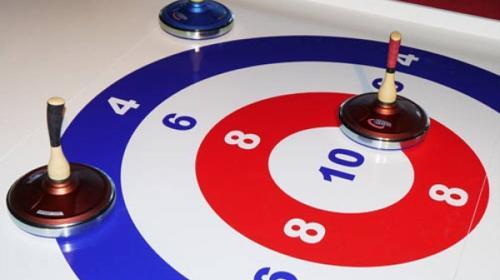 Eisstockschießen  -  XXL-Fun-Curling 8x2m  -  Eistockbahn 12x2m ***Teambuilding – Wettbewerb – Teamevent***