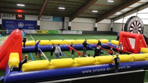XXL-Menschenkicker # Human Table Soccer # Lebendkicker