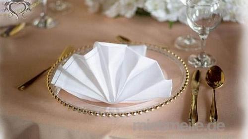 Glas Platzteller mit goldene Perlen oder Platzteller silberne Perlen Unterteller transparent Teller Event Bielefeld Hochzeitsdeko Tischdeko Kassel, Düsseldorf