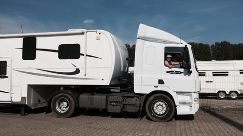 Miet LKW Fahrer auf selbstständigen Basis