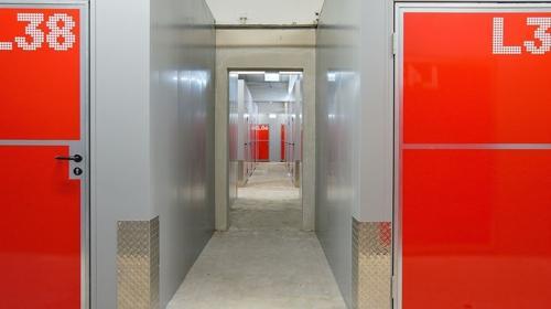 ALL-INCL.-MIETE: Persönliches und sichtgeschütztes Lagerabteil im Erdgeschoss