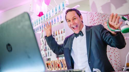 DJ für Weihnachtsfeier / Hochzeit / Firmenfeier / Geburtstage / Vereinsfeste