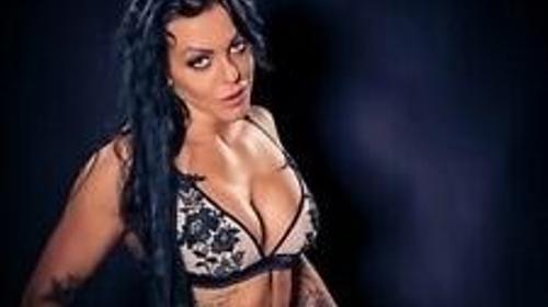 Sexy JOLINA Stripperin - kommt zu Euch auf die Party