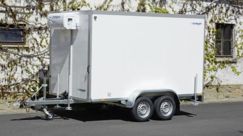 POKOMON Kühlanhänger 2700 kg doppelachser 3453 x 1550 x 2000 mm bis plus 2°C Kühlung – 100 km/h