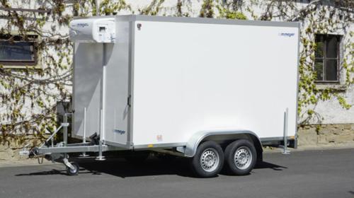 JIMBOO Kühlanhänger 2700 kg doppelachser 3453 x 1786 x 2000 mm bis plus 2°C Kühlung – 100 km/h