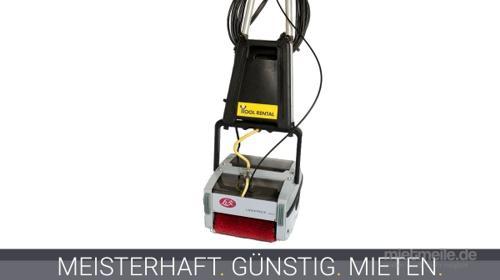 Terrassenreinigungsmaschine / Scheuersaugmaschine für Holzterrassen | Mietgeräte Mettmann