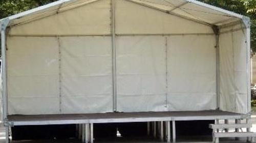 Bühne 3x6m mit Zeltdach