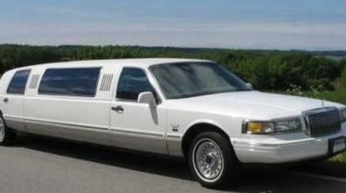 Lincoln Town-Car Superstretch/Limousine/Mietfahrzeug/Mietwagen