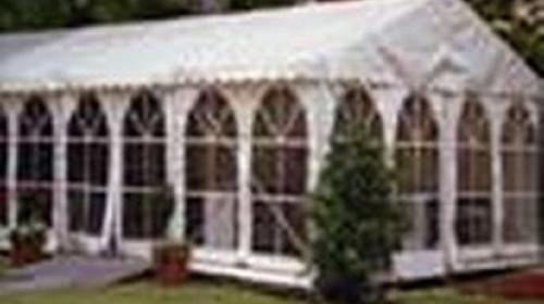 Party-Zelt für bis zu 67 Personen 6 x 9 m
