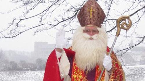 Nikolaus (im edlen Bischofsornat), Kein Weihnachtsmann