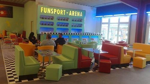 Funsport-Arena, Dein Premium Partyraum von 10-200 Personen zum günstigen Preis