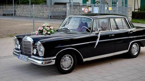 Mercedes 220 Sb Heckflosse als Brautauto/Hochzeit
