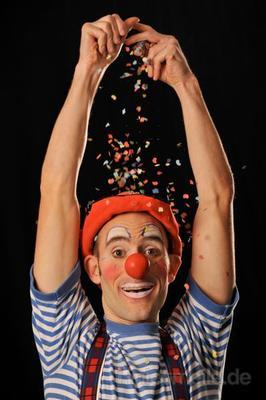 Clown mieten & vermieten - Clown Olli - Ein Clown für alle Fälle in Köln