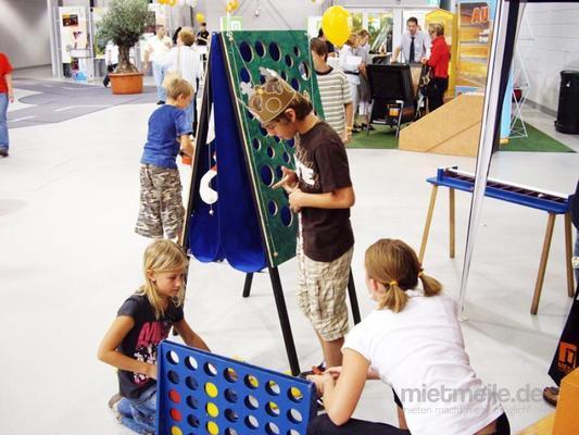 Großspielgeräte mieten & vermieten - Spielstationen in Idstein