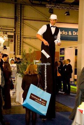 Stelzenläufer mieten & vermieten - Stelzenläufer für Werbematerial und Give-Aways in Idstein