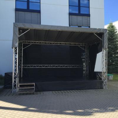Bühne mieten & vermieten - Mobile Bühne und Bühnentechnik, Veranstaltungsbühne, Bühnendach, Satteldachbühne 6,00 x 4,00 m in Remchingen