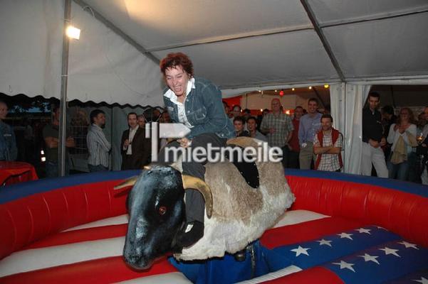 Bullriding mieten & vermieten - Bullriding Bullenreiten Das macht Spaß !!! in Gelsenkirchen