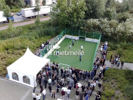 Fußball mieten & vermieten - Street Soccer Court - Straßenfußball mieten in Schwerin
