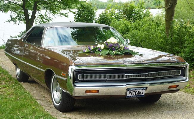 Oldtimer mieten & vermieten - Chrysler 300  !!Supercool!!  Traumhafter amerik. Klassiker für Ihre Hochzeit in Mönchengladbach