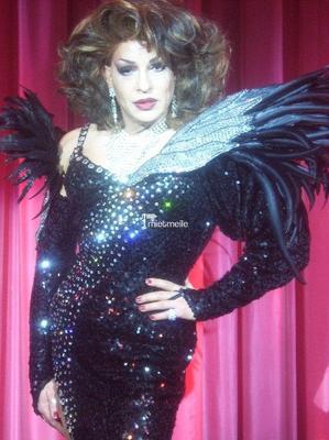 Alleinunterhalter mieten & vermieten - Travestie Diva Simon Craig in Aachen