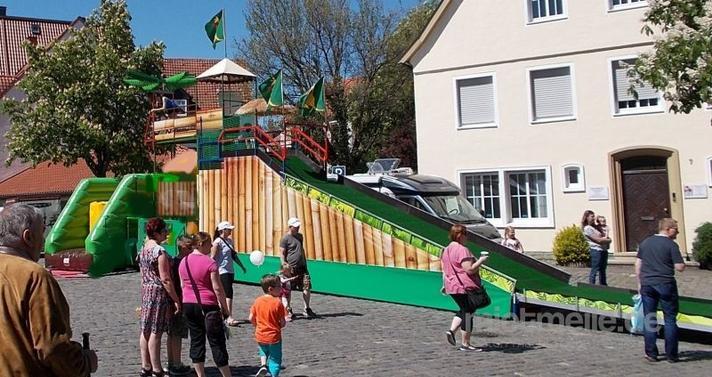Riesenrutsche mieten & vermieten - hüpfburg mieten, neue Kinderattraktion in Ense