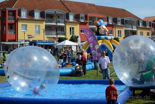 Wasserspiele mieten & vermieten - Waterballs - der total verrückte Wasserspass in Bramsche