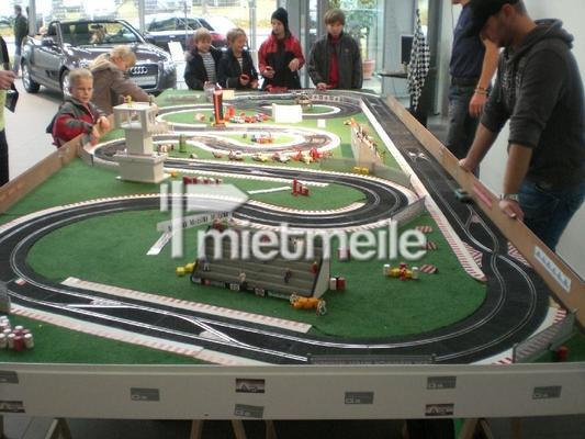 Carrerabahn mieten & vermieten - Carrera-Bahn mieten in Schwerin
