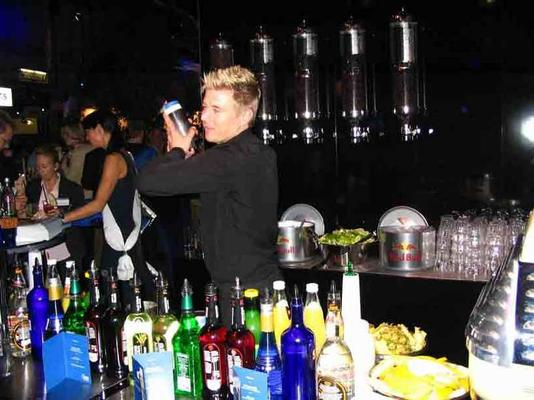 "Catering mieten & vermieten - Cocktail Catering opt. mit ""Flair Bartender""/ Events/ Parties/ Messe in Berlin"