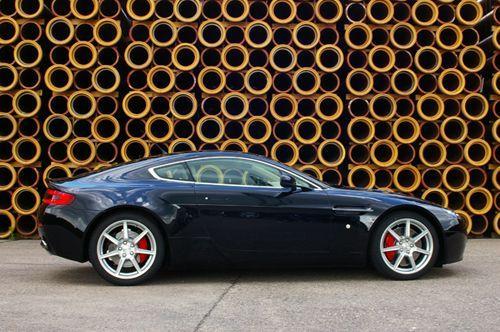 Aston Martin V8 Aston Martin V8 Vantage Sportwagen Mieten 900 00 Eur Pro Tag Mietmeile De
