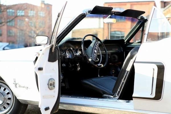 Hochzeitsauto mieten & vermieten - 68er Ford Mustang Cabrio - ideale Hochzeitskutsche in Berlin