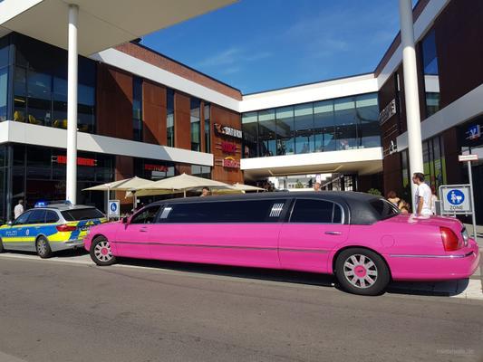 Limousinen mieten & vermieten - Pink Limousine Stretchlimousine Mieten Party junggesellinnenabschied Ladys night in Kierspe