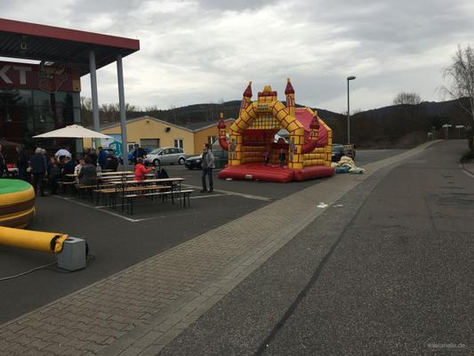 Hüpfburg mieten & vermieten - Hüpfburgen in verschiedenen Größen/Formen mit Dach ! in Altenglan