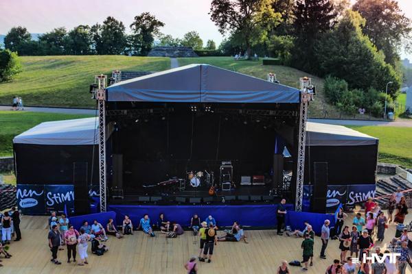 Bühne mieten & vermieten - Mobile Bühne FreeSTAGE M 2 - 10x7m in Waldshut-Tiengen