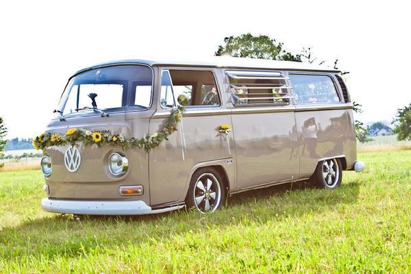 Hochzeitsauto mieten & vermieten - BrideRide | Der Braut-Transporter in Kämpfelbach
