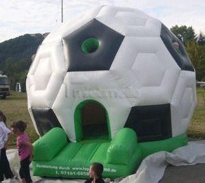 Hüpfburg mieten & vermieten - Hüpfburg Fußball mieten, leihen in Göppingen