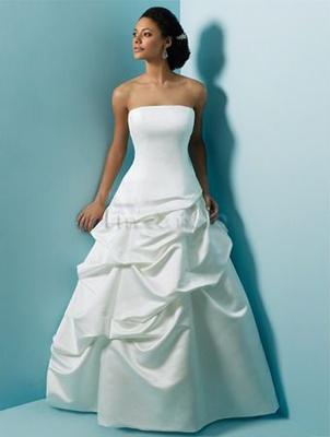 Brautkleider mieten & vermieten - Viele verschiedene Brautkleider im Verleih! in Braunschweig
