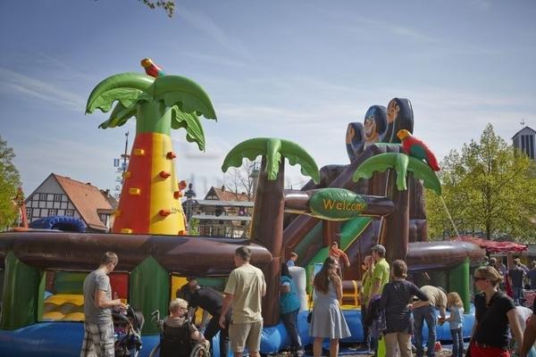 Hüpfburg mieten & vermieten - Adventureland inkl. 2 Eventbetreuer (6 Std.) in Augustdorf
