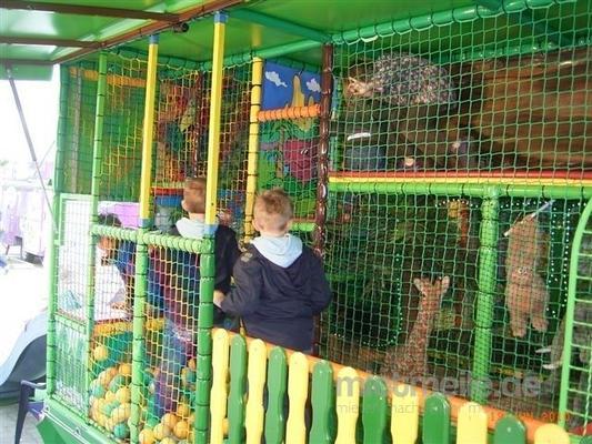 Kletterwand mieten & vermieten - Dschungel-Spielmobil mieten  in Ense