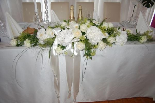 Stuhlhussen mieten & vermieten - Stuhlhussen, Kerzenständer für jeden Anlass uvm in Flonheim