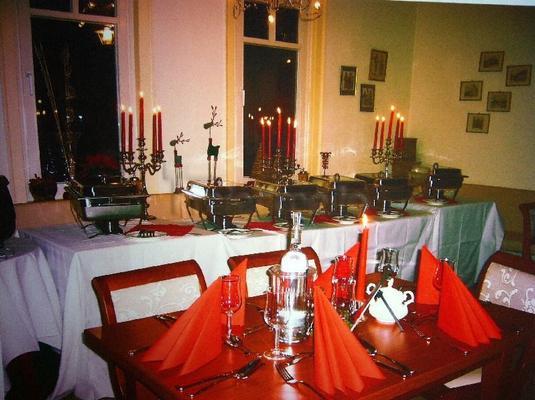 Tischdekoration mieten & vermieten - 5 - armiger Silberleuchter in Görgeshausen