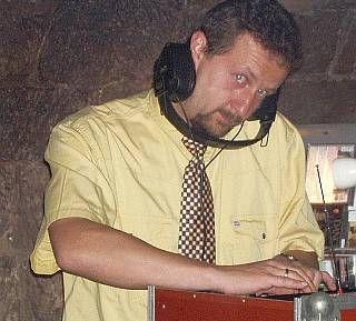 DJ mieten & vermieten - Hochzeits-DJ Micha in Goldbach