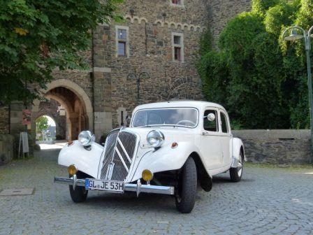 Oldtimer mieten & vermieten - Oldtimer Citroen in weiß - Hochzeitsauto - Brautauto  in Wermelskirchen