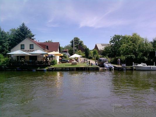 Motoryacht mieten & vermieten - Urlaub auf dem Wasser - auch führerscheinfrei! in Fürstenberg/Havel
