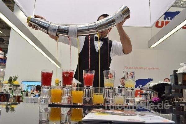 Mobile Bar mieten & vermieten - Cocktailcatering & Showbarkeeper in Mannheim